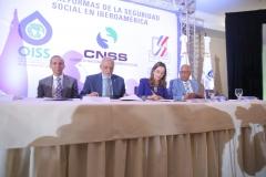 La secretaria general de la OISS firma Convenio Marco de colaboración con el superintendente de Salud y Riesgos Laborales (SISALRIL) de República Dominicana
