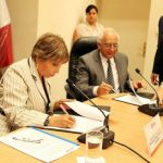 En la foto la Ministra de Trabajo, Nancy Laos Cáceres y el Vicesecretario General de la OISS, Francisco M. Jacob Sánchez
