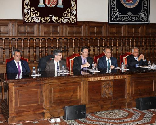 Juan Ramón Velasco, Vicerrector de posgrado y educación permanente de la Universidad de Alcalá, clausura los másteres