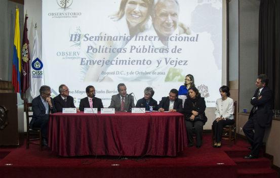Firma Acta de Adhesión para fortalecer el OEV