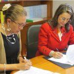 En la fotografía Clara Elena Reales Gutiérrez, Vicepresidente de Asofondos y la Secretaria General de la Organización Iberoamericana de Seguridad Social, Gina Magnolia Riaño Barón