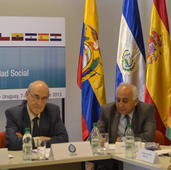 De Izquierda a Derecha: Adolfo Jiménez Fernández, Secretario General de la OISS y Francisco M. Jacob Sánchez, Vicesecretario General de la OISS