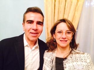 Jorge Franco, ganador XVII premio Alfaguara de novela y Gina Magnolia Riaño Barón, Secretaria General de la OISS