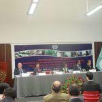 """De pie, Fracisco M. Jacob, Vicesecretario General de la OISS, presentando la ponencia """"Análisis comparativo de la Protección Social en América Latina"""""""