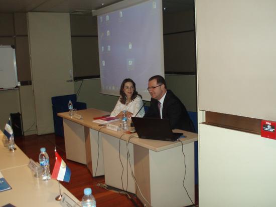 En la foto la Secretaria General de la OISS, Gina Magnolia Riaño Barón y el Secretario Executivo del Ministerio de Previdencia Social de Brasil Carlos Eduardo Gabas