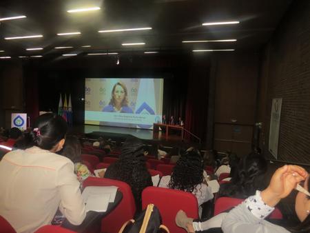 La Secretaria General de la OISS, Gina Magnolia Riaño Barón, quien se encontraba en España atendiendo compromisos institucionales, se dirigió al Foro a través de Video Conferencia