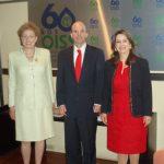En la foto de izquierda a derecha: la Embajadora de México en España, Roberta Lajous Vargas; el Director General del Instituto Mexicano del Seguro Social, José Antonio González Anaya y la Secretaria General de la OISS, Gina Magnolia Riaño Barón