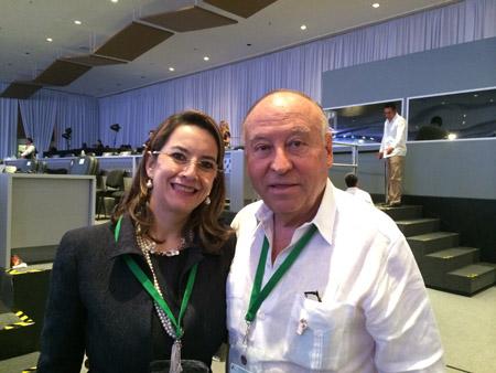 La Secretaria General de la OISS, Gina Magnolia Riaño Barón y el Presidente de la  CAF -Banco de Desarrollo de América Latina, Enrique García, en la XXIV Cumbre