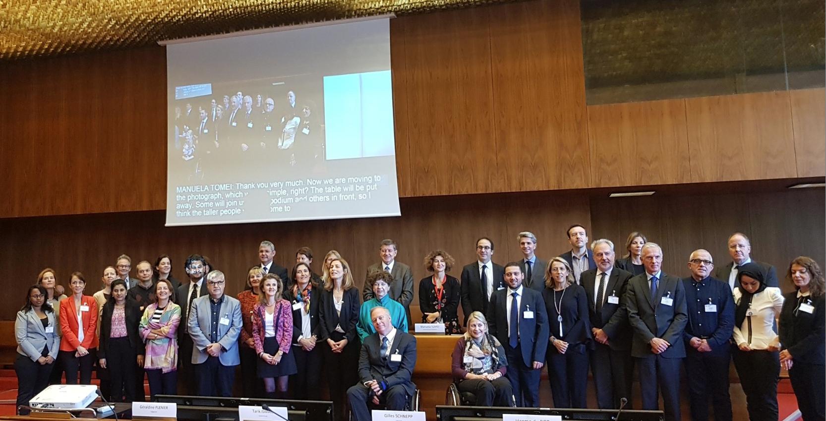 Foto de familia de la Red Global de Empresas y Discapacidad - OIT