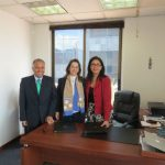 De izquierda a derecha: Gustavo Riberos Aponte, Director Encargado del Centro Regional de la OISS para Colombia y el Área Andina, Gina Magnolia Riaño Barón, Secretaria General de la Organización Iberoamericana de Seguridad Social OISS y Carmen Emilia Ruiz Morante, Presidenta de la Fundación Teletón