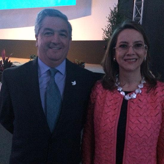 El Viceministro de Relaciones Laborales e Inspección de Colombia y la Secretaria General de la OISS