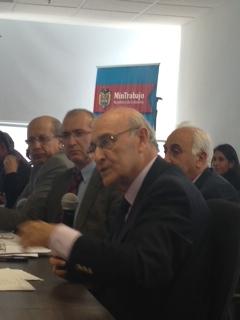 El Secretario General de la OISS, Adolfo Jiménez Fernández, se dirige a los asistentes a la Reunión Técnica en el Ministerio de Trabajo de Colombia