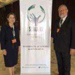 La Secretaria General de la OISS, Gina Magnolia Riaño Barón y el Director Regional de la OISS para el Cono Sur, Carlos Alberto Garavelli
