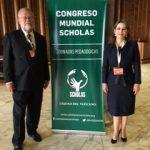 El Director Regional de la OISS para el Cono Sur, Carlos Alberto Garavelli y la Secretaria General de la OISS, Gina Magnolia Riaño Barón, durante el Congreso Mundial de Scholas