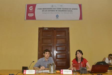 Miguel Juste, Coordinador de Gestión del Conocimiento para el Desarrollo, CFCE Cartagena  AECID y Ana Mohedano, Responsable de Programas de Servicios Sociales de la OISS